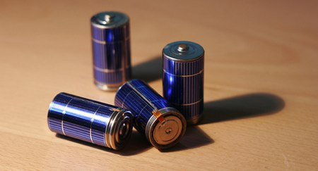 solar_powered_batteries