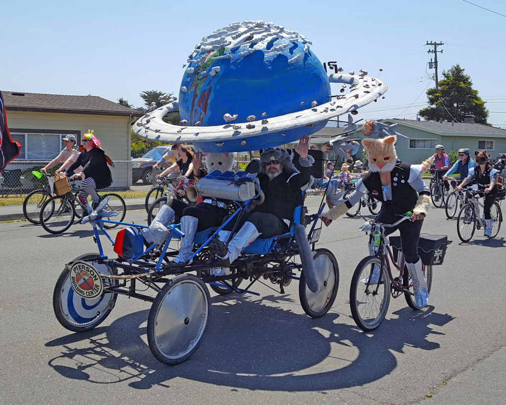 Planet 9 sculpture